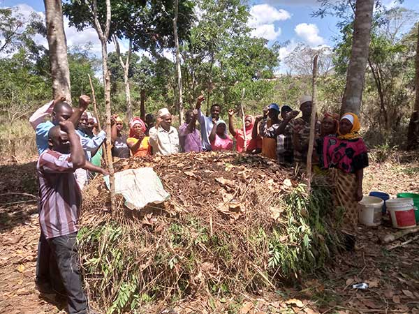 COMPOST MAKING By ORGANIC FARMERS